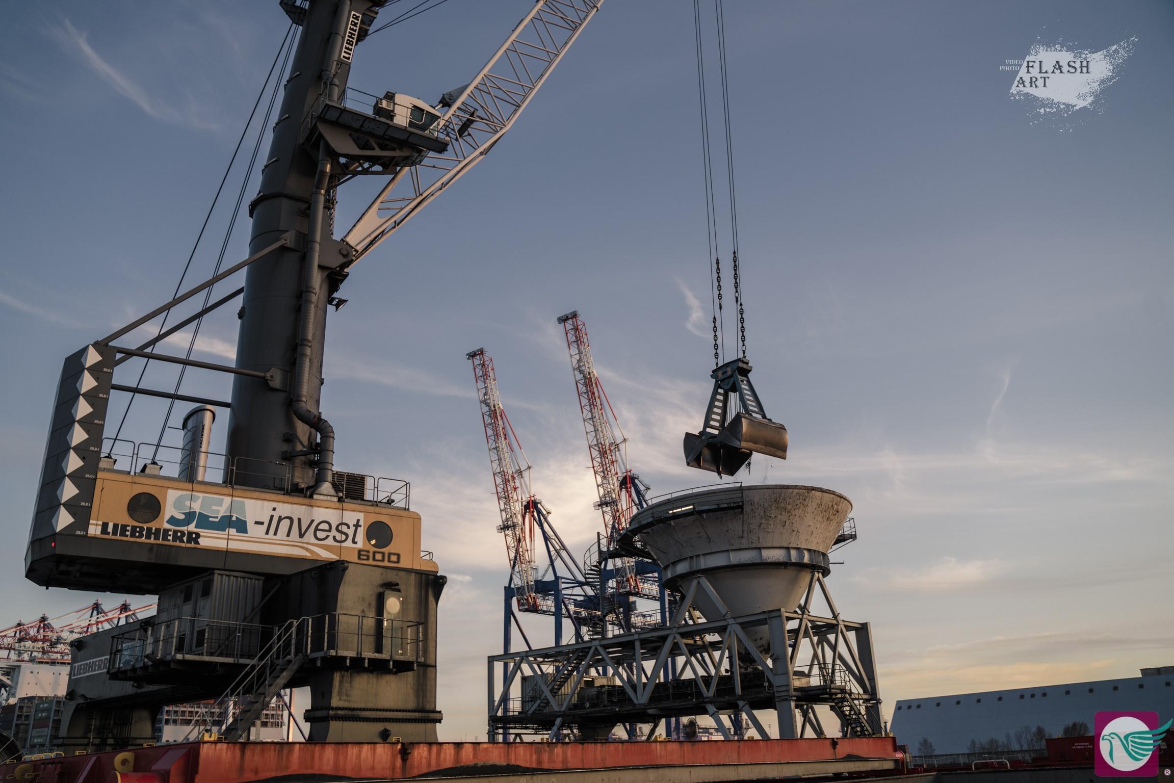 węgiel koksujący Gdańsk port import przeładunek statek nabrzeże