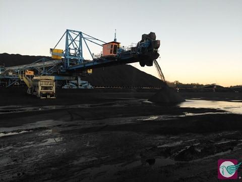 węgiel koksujący Gdańsk port import przeładunek statek plac